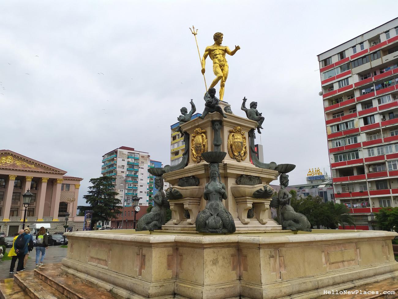 batumi-statues