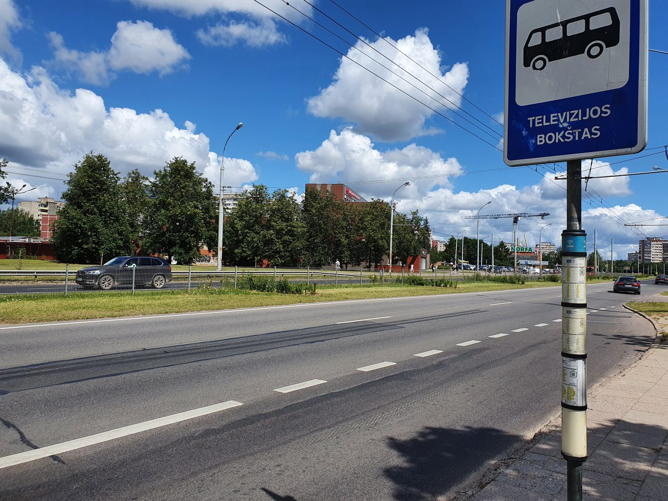 vilnius-tv-tower-bus-stop
